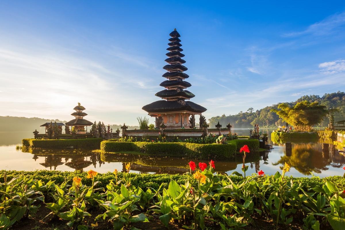 バリ島旅行&観光|ツアー・航空券・ホテル情報を比較【トラベルコ】